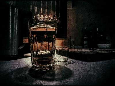 金曜の夜酒を飲みながら 音楽を聴く喜びを分かち合う スレ
