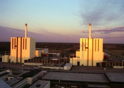 アメリカの原発離れ「シェール革命」や再生エネルギーの普及。廃炉相次ぐ。※音は変わりません。