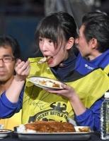 【競馬】 藤田菜七子(157cm 45kg)「私、大食い得意なんです」