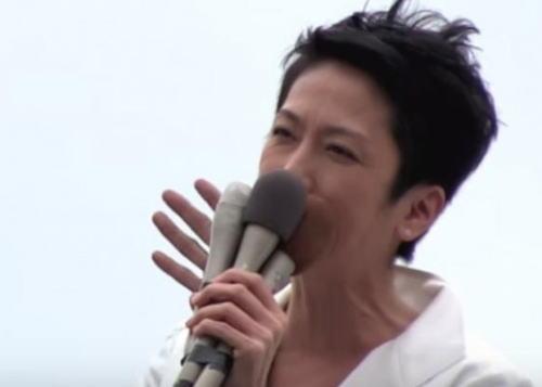 蓮舫「ダッカのテロ事件。日本は暴力でなく人道支援すると知らしめることが大切。いかがでしょうか!」