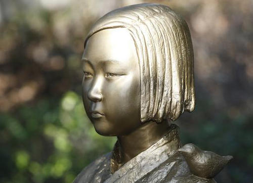 日本政府が撤去求める「少女像」、今月だけで新たに10体増設