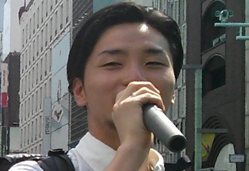 朝日新聞、社説でSEALDsを絶賛…「野党共闘の原動力になった。野党に勝利をもたらした。」