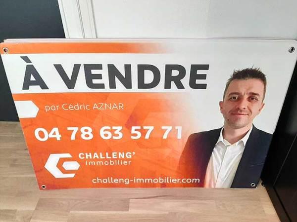 Panneau immobilier à vendre / vendu