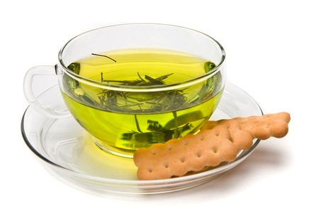 green tea with biscuit