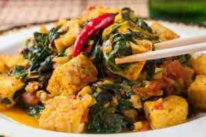 spinach-saag-and-golden-tofu copy