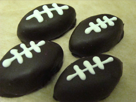 oreofootballs2 Sweet Super Bowl Sunday