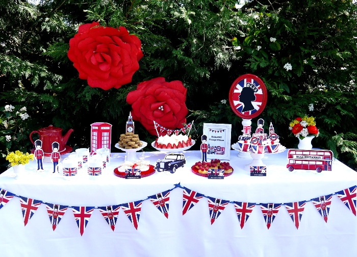 Queens Coronation Jubilee Party by Birds Party 10 Rule Brittania Guest Dessert Feature