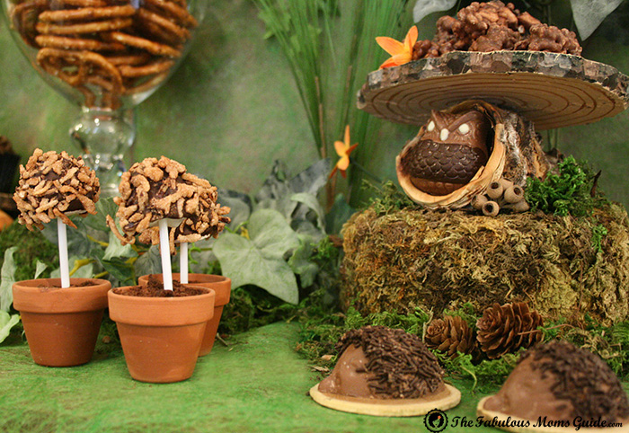 Hedgehogs and Owls Woodland Guest Dessert Feature