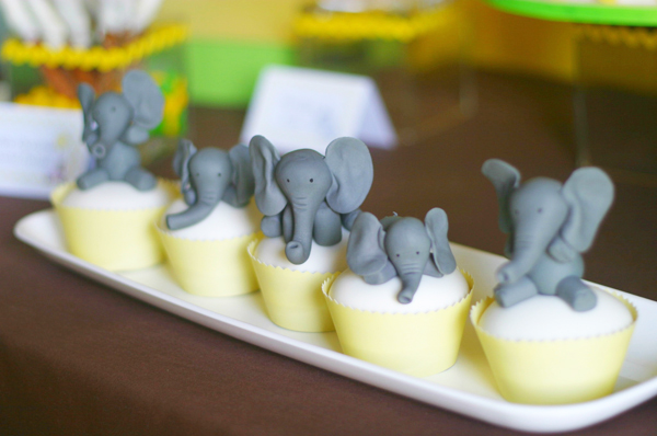 51 Yellow And Gray Elephant Guest Dessert Feature