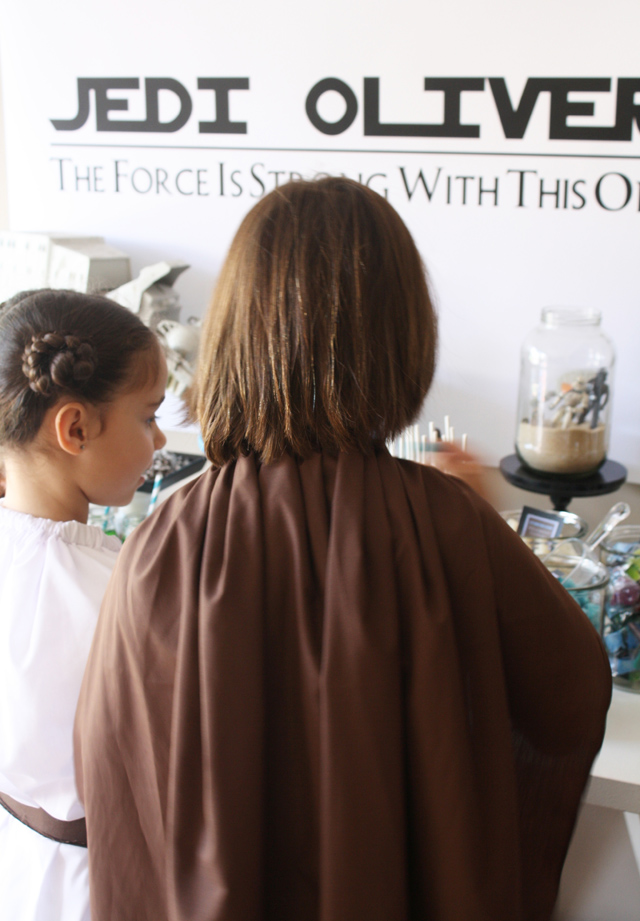 Little Jedis Princess Leia Star Wars Guest Dessert Feature