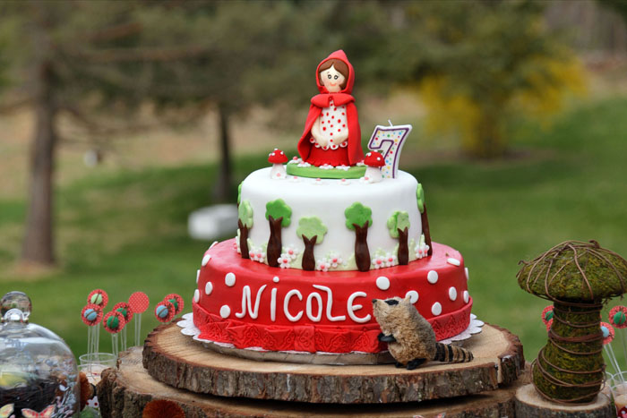 Little Red Fondant Cake Little Red Riding Hood Guest Dessert Feature