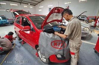 121221 - anp merah pedas servis 10000 km di kmi bintaro - 21 desember 2012 - IMGP5437 (Custom)