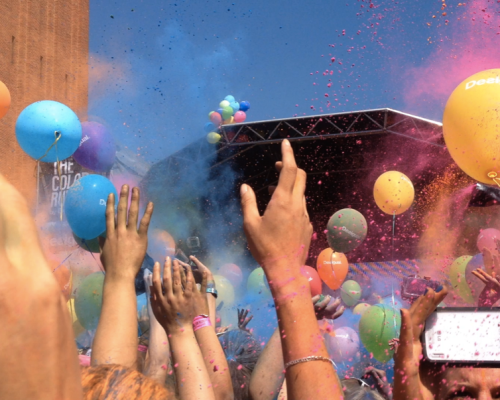 Party The Color Run by Desigual