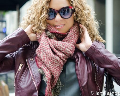 Bordeaux Biker Jacket, Red Scarf, Gray Dress and Sunglasses   Biker Jacket Burdeos, Bufanda Roja, Vestido Gris y Gafas de Sol. Fall-Winter 2015-16   Otoño-Invierno 2015-16