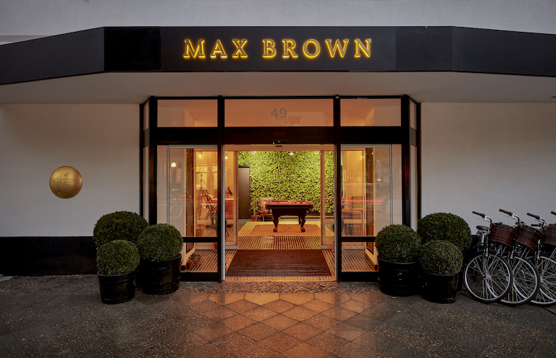 Max Brown Ku'Damm_Exterior_Image Credit Steve Herud