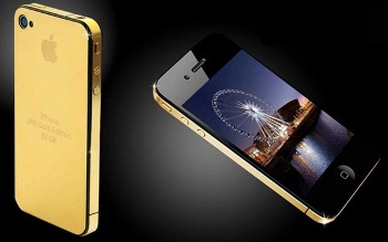 Stuart-Hughes'-Goldstriker-iPhone-3G-Supreme