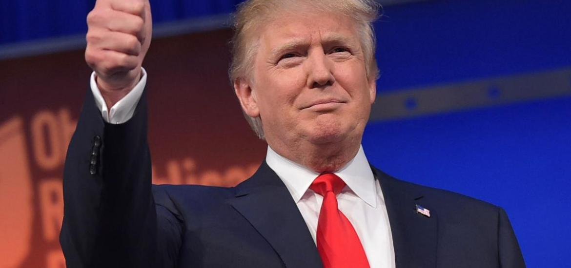 483208412-real-estate-tycoon-donald-trump-flashes-the-thumbs-up-jpg-crop-promo-xlarge2