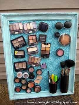 makeup organizer dorm