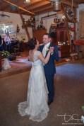 Hochzeitstanz! Der Hochzeitsfotograf macht die Bilder. Gasthaus Englert!