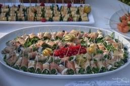 Delikatessen zum Champagnerempfang am Hirsvogelsaal! Alles fotografiert der Hochzeitsfotograf aus Nuernberg.