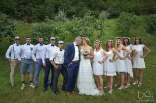 Tolle Gruppenbilder mit dem Hochzeitspaar macht der Hochzeits Fotograf.