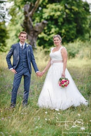 Moderne Brautbilder mit dem Hochzeitsfotografen aus Nuernberg.