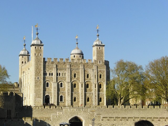 tower-of-london-353868_1280