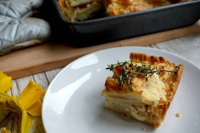 cheddar cheese and apple pie