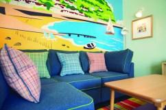 Show chalet - sofa