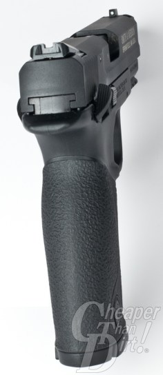 The front sight dot on the M&P .22 is as clear as day