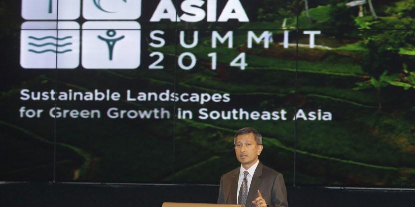 Menteri Lingkungan Hidup dan Sumber Daya Air Singapura Vivian Balakrishnan menyampaikan pidatonya dalam acara Forests Asia Summit 2014 di ShangriLa Hotel, Jakarta, Indonesia, Senin, 5 Mei 2014. (CIFOR)