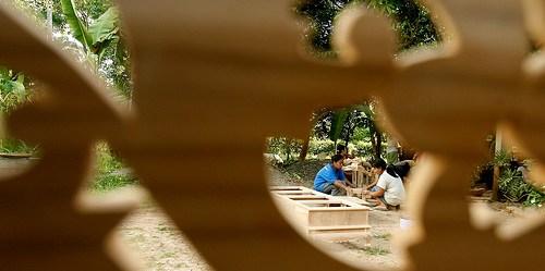 Para investor mengikuti permintaan akan produk kayu yang lebih berkelanjutan.