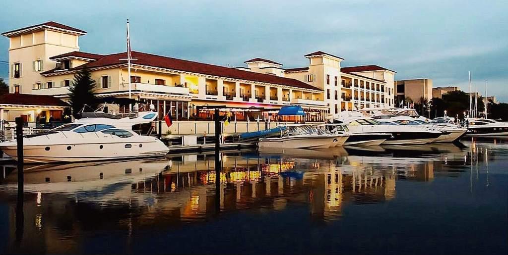 Top 5 luxury weekend getaways at driving distance from nyc for Resorts driving distance from nyc