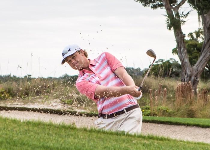 Golfer in Columbia Golf Gear