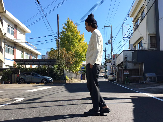 YAECA(ヤエカ) EASY SLACKS
