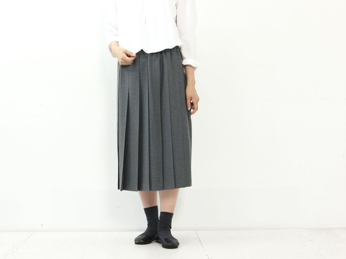 Charpentier de Vaisseau / シャルパンティエ ドゥ ヴェッソ Pleated Skirt Wool