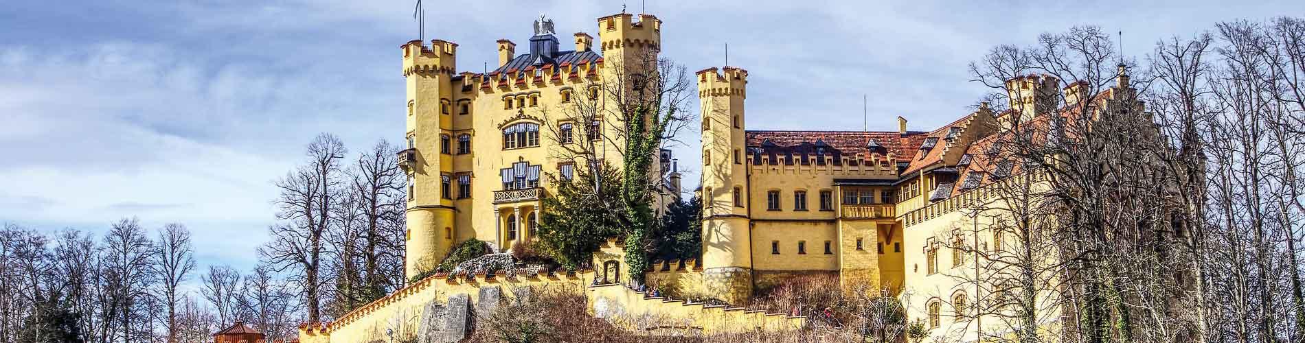 Blog_TopCastlesGermany_Hohenschwangau-Castle_1900x500