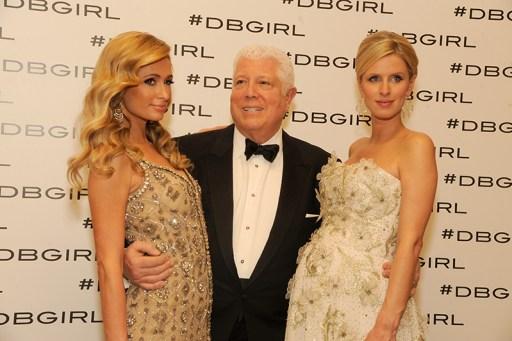 Paris Hilton, Dennis Basso, Nicky Hilton