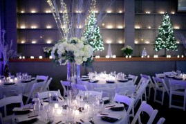 17Flora-Nova-Design-Christmas-wedding-seattle