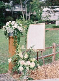 34Flora-Nova-Design-gorgeous-NW-tent-wedding