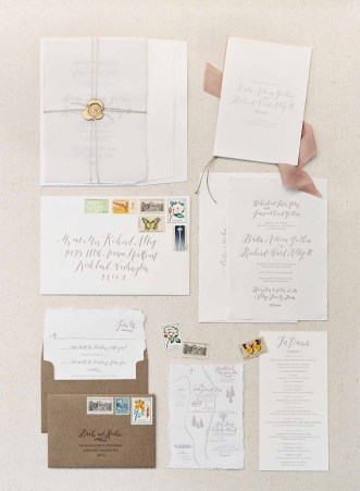38Flora-Nova-Design-gorgeous-NW-tent-wedding