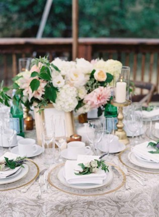 58Flora-Nova-Design-gorgeous-NW-tent-wedding