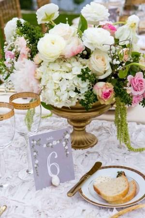 35Flora-Nova-Design-elegant-outdoor-wedding-seattle