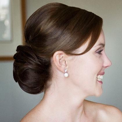 low-chignon hairtsyle