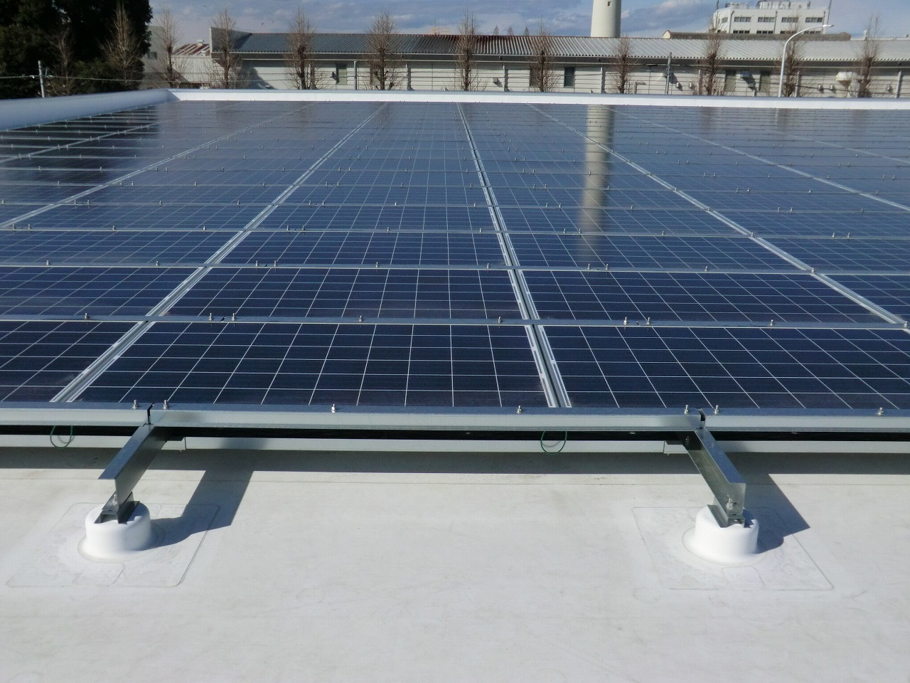 Captivating How To Choose The Best Membrane For A Commercial Solar Power Installation
