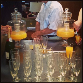 Glenbrook-Valley-brunches-require-two-mimosa-dispensers-jetsonia-jetsoniadrinks-sundaybrunch-@shanno