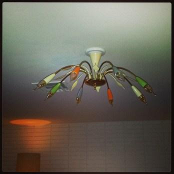 Another-fabulous-light-fixture-in-jetsonia-midcenturylight-mcm-mcmlight-lampporn-midcentury-@jetsoni