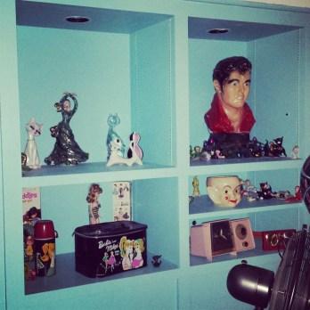 Gorgeous-fun-kitsch-found-in-every-corner-jetsonia-retroliving-vintagebarbie-50slife-rockabilly-glen