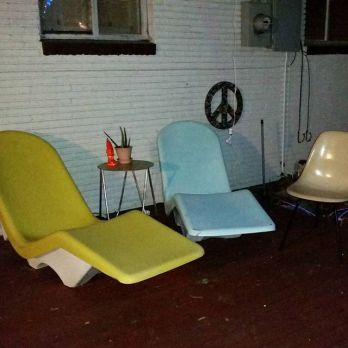 Retro-patio-life-midcenturyliving-midcenturydesign-midcenturypatio-mcm-midcenturyloungechair-retropa