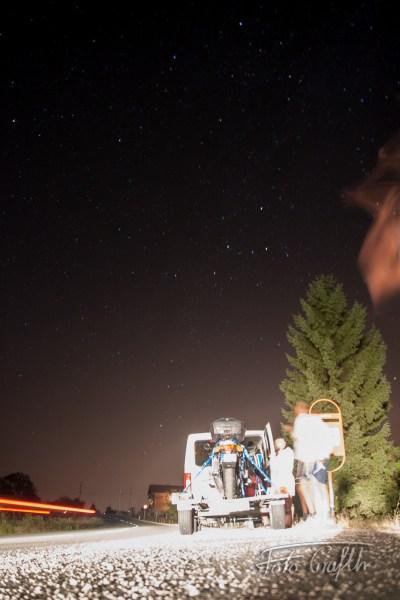 Egyik éjszakai megállónk, fölöttünk a csillagos égbolt